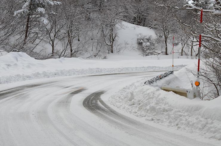 DSC_2923大山への雪道