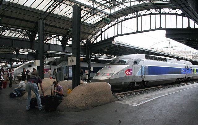 東駅の「TGV