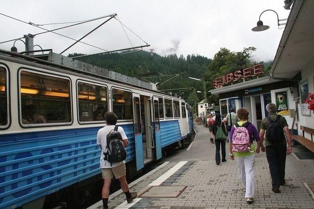 ツークシュビッツェ登山鉄道・アイプゼー駅到着