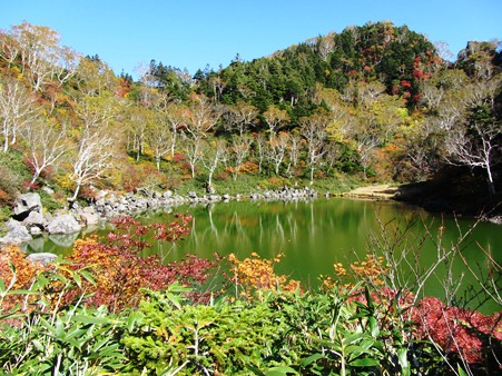 風吹大池の周辺にある小敷池
