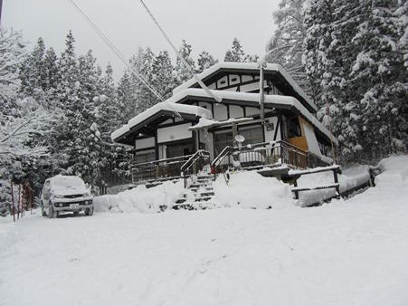 12月9日この冬積雪第一弾