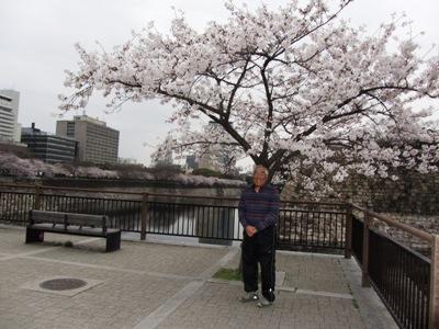 03大阪城の堀にて