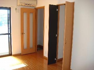 カーサ・アルスール 101号室 洋室④