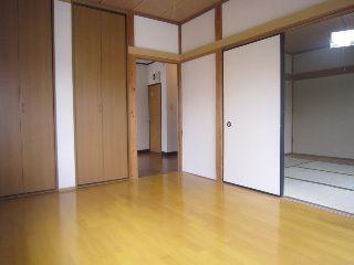 洋室 (3)