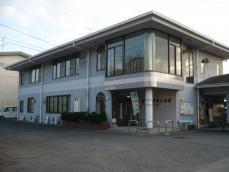 駅に併設されている商工会館