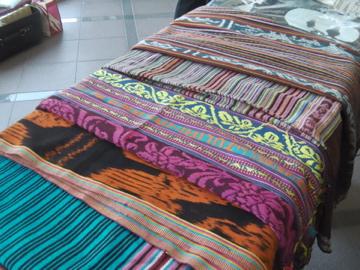 織りの品々