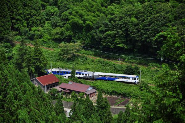 2012年8月24日 JR西日本木次線 八川~出雲坂根 12系スハフ13-801+スハフ12-801+DE15-2558