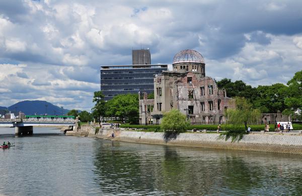 2012年8月25日 広島電鉄本線 原爆ドーム前~本川町 2号線 3950形
