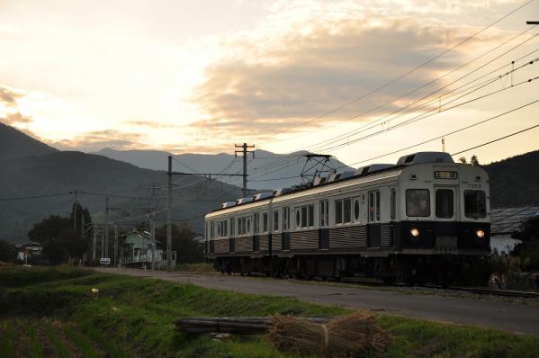2012年10月9日 上田電鉄別所線 八木沢~舞田 7200系7253F