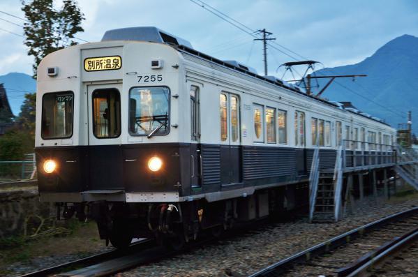 2012年10月10日 上田電鉄別所線 下之郷 7200系7255F