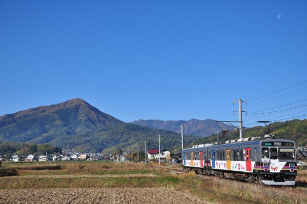 2012年11月4日 上田電鉄別所線 舞田~八木沢 1000系1003F