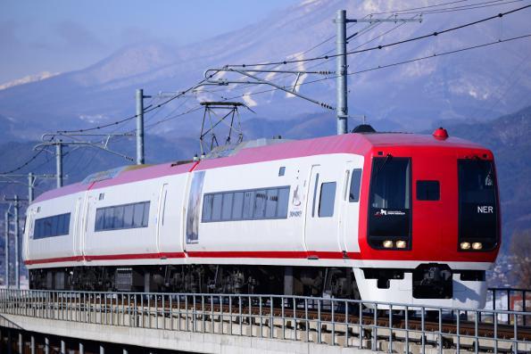 2013年1月7日 長野電鉄長野線 柳原~村山 2100系E2編成