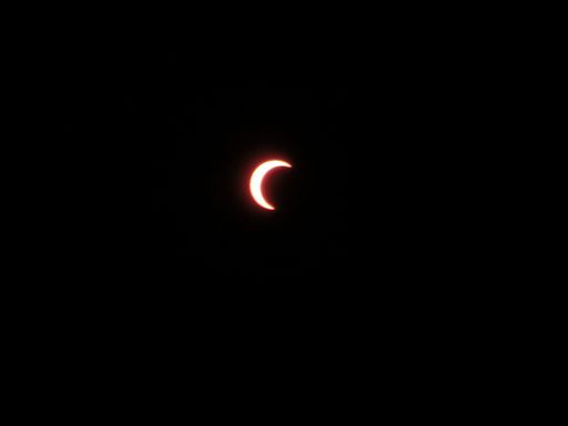 solar eclipse 4