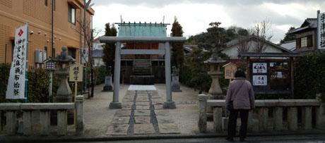 宇津神社2