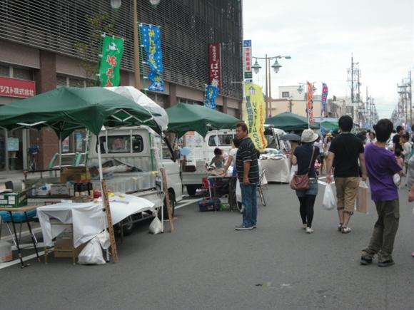 静岡で開催された軽トラ市