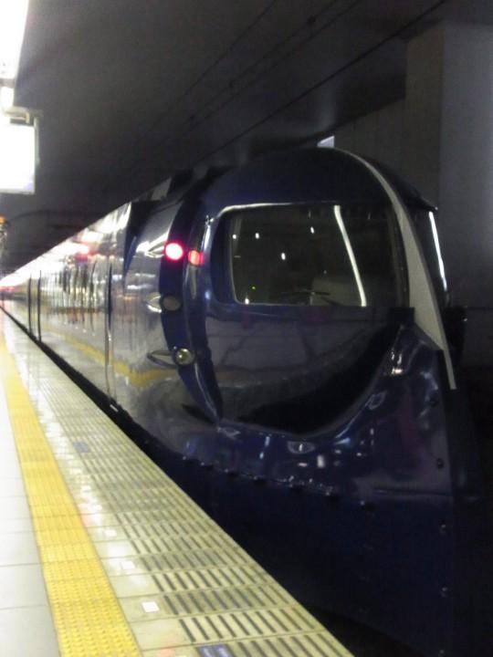 アゾン大阪LS01