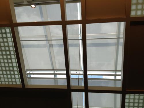 博多駅屋上天窓オーニング