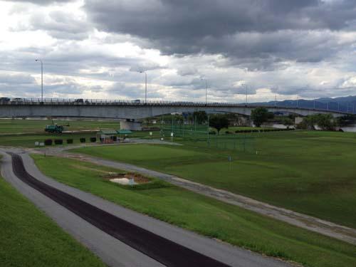 城島ゴルフ場テント2