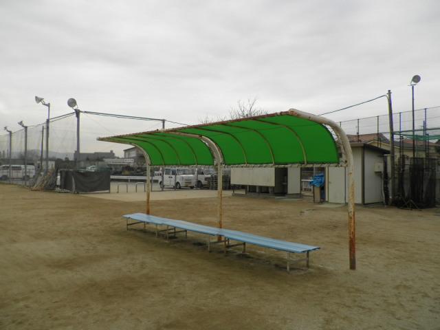 野球場テント 003