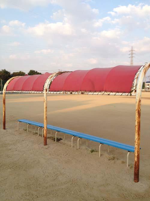 野球場ベンチテント2