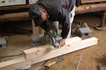 作州津山商工会久米地区工業部家屋補修ボランティア平成24年度