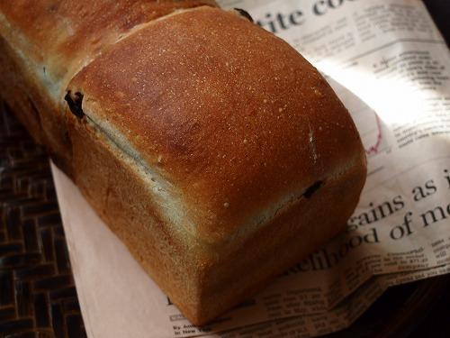 シナモンレーズン食パン7