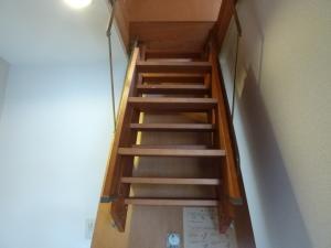 グリーンヴィラ屋根裏階段