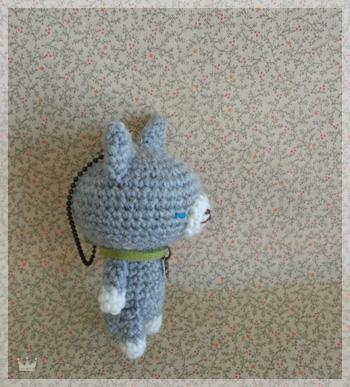 シンプルな灰色猫