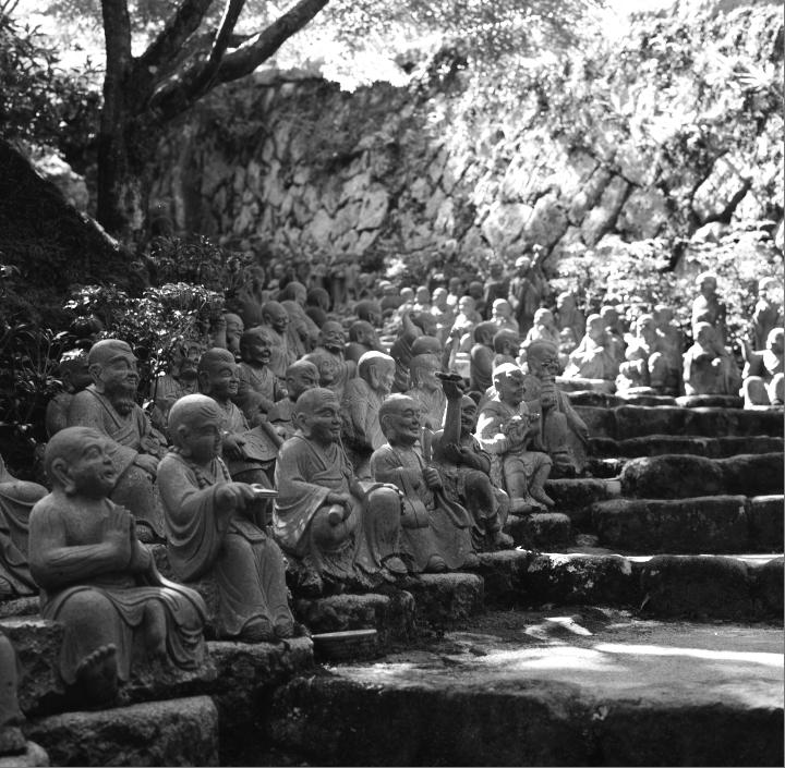 Miyajima_20121009_Rolleiflex28F_Acros__10.jpg