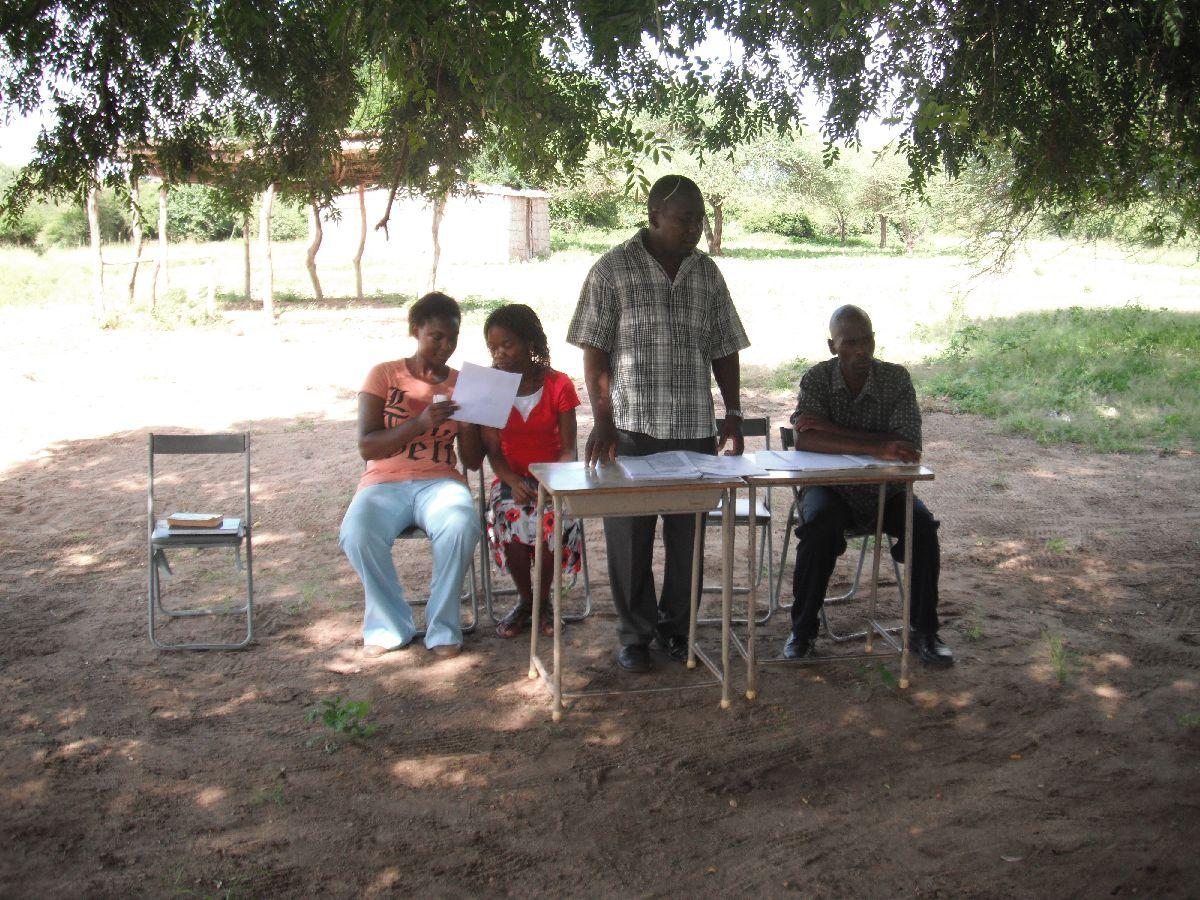 先生とコミュニティのミーティング (5)
