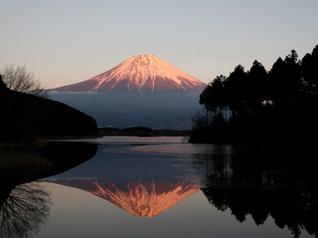 夕方の逆さ富士