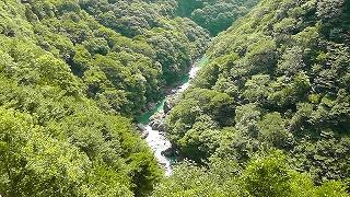 湯西川ダムからの景色