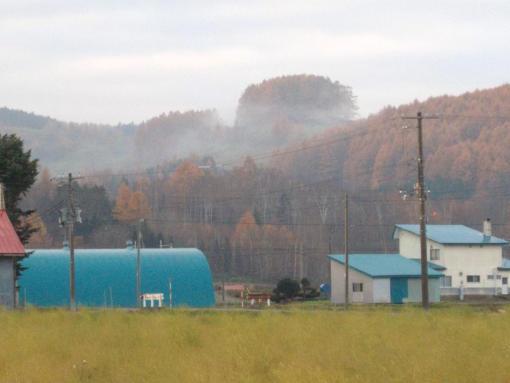 20121106_朝霧が流れる山の上