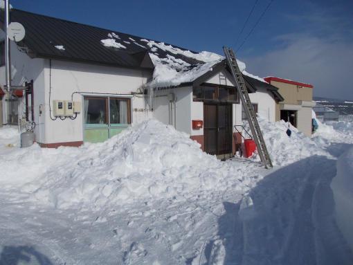 20121212_母屋の雪下ろし後