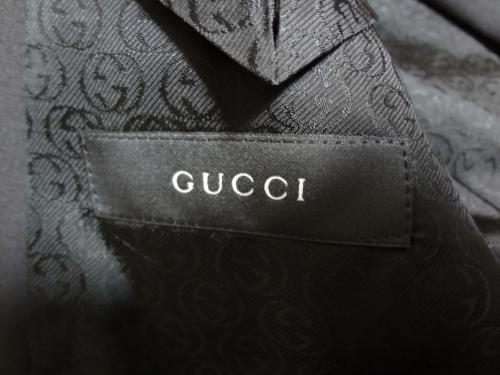GUCCI 2Bスーツ 2