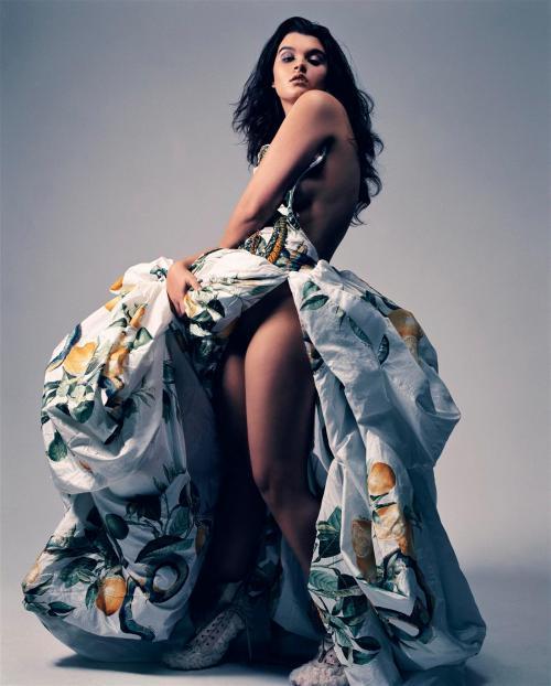 Crystal Renn Vogue Paris March 2012 PS (2)