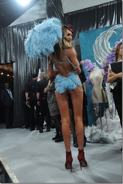 Candice Swanepoel Victoria's Secret Fashion Show 039