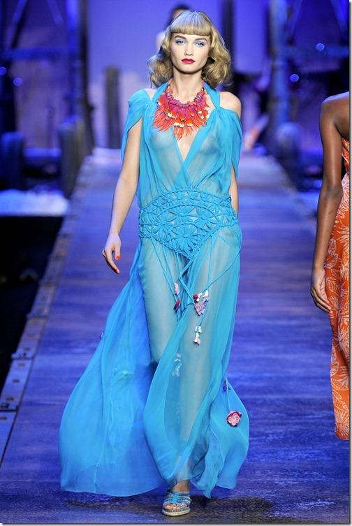 Laura Blokhina-Christian Dior Spr 11 1 2136x3201