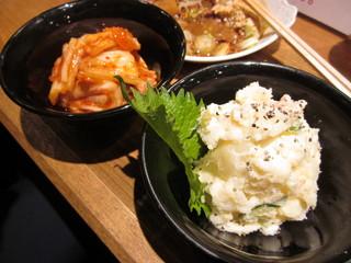 120519_キムチ&ポテトサラダ
