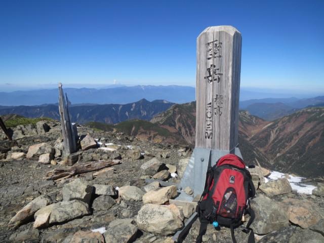 10月19日 聖岳ピークから御嶽山