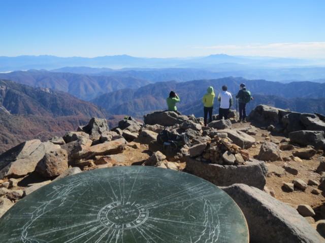 10月25日 御前峰から南東側