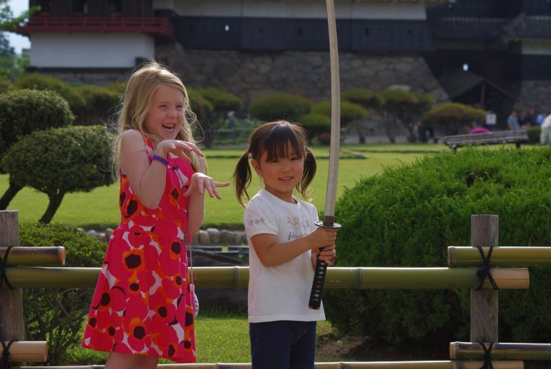 松本城で記念撮影♪