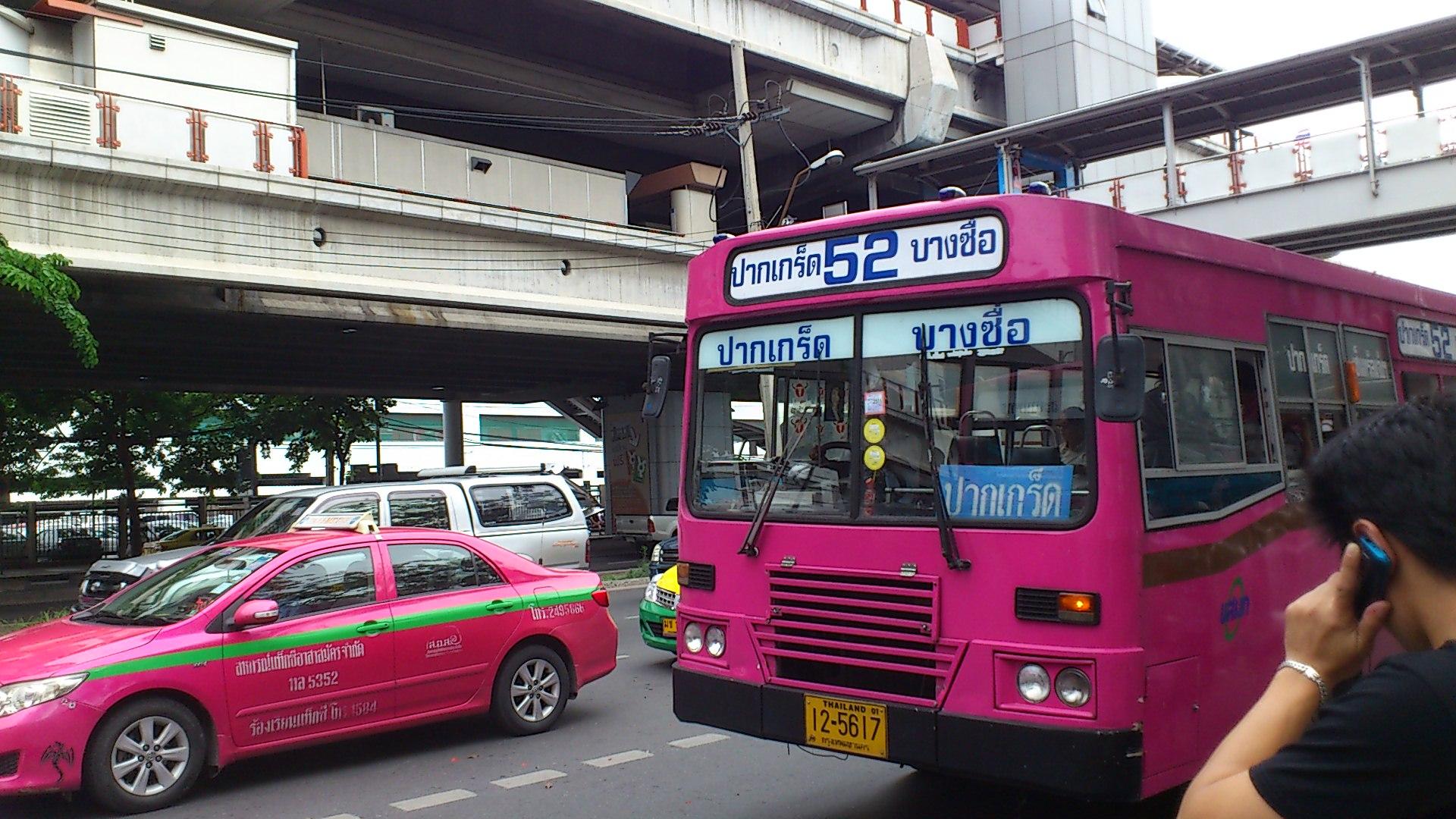 52番系統バス