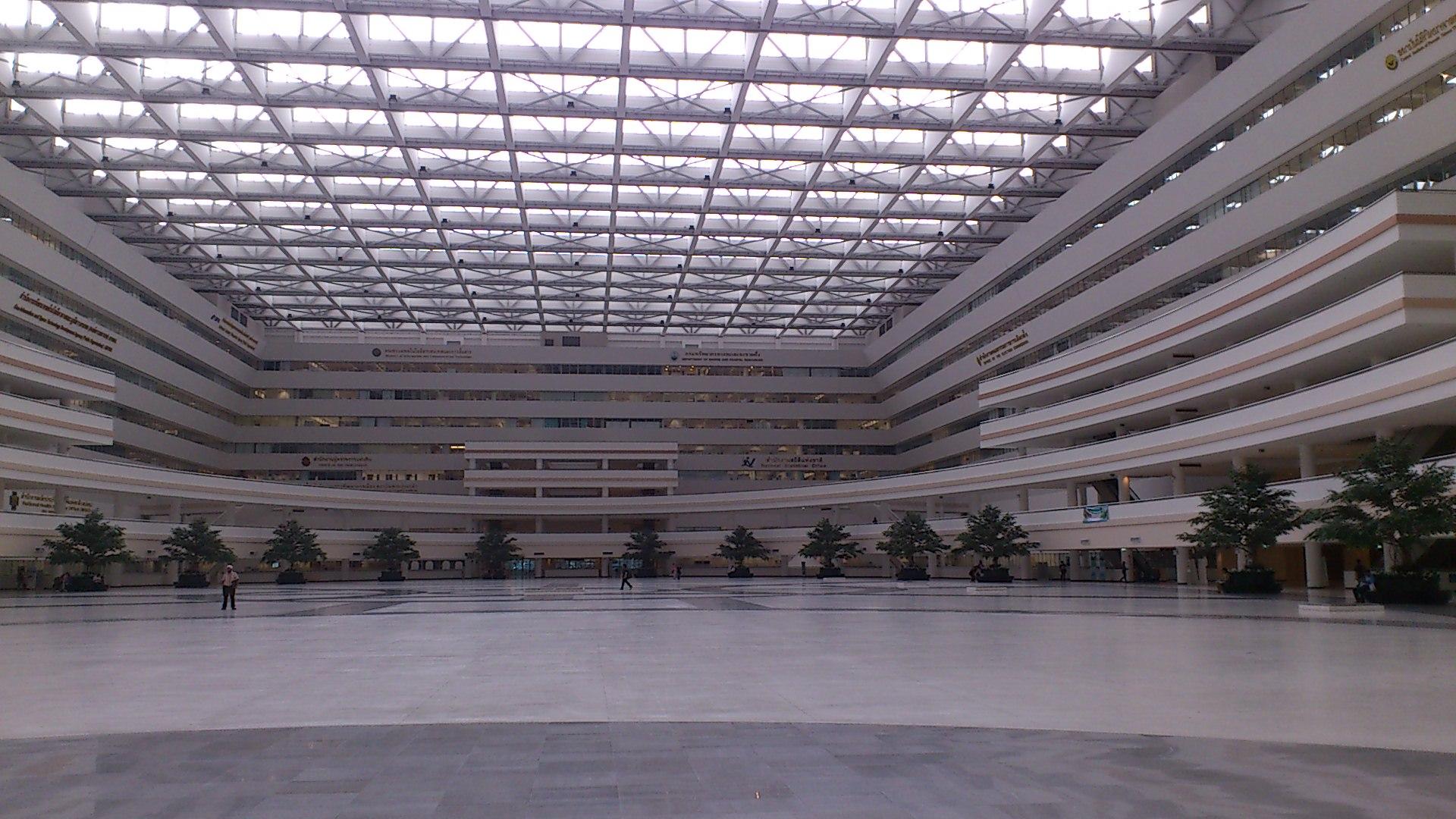 総合庁舎内2