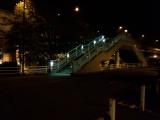 201410成田空港P3駐車場歩道橋
