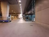 201410成田空港P3駐車場からの第2ターミナルビル入口