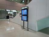 201410成田空港エスカレーター
