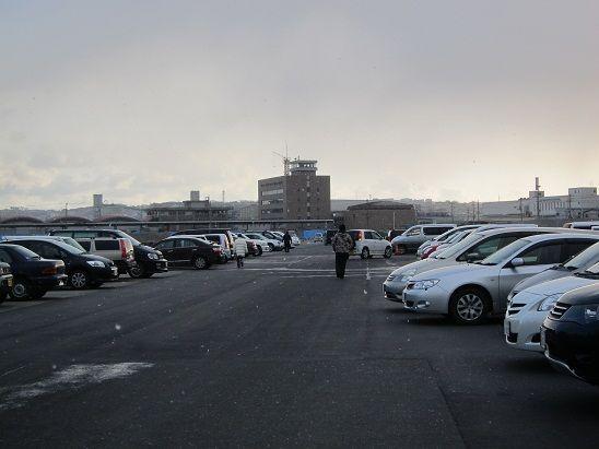 八戸朝市 駐車場