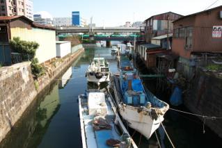 入江川の船溜まり