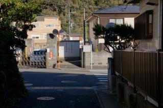 浦賀道(鎌倉):諏訪ケ谷の踏切跡